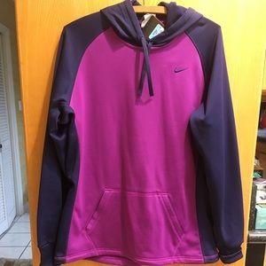 NWT Nike Women's Therma-Fit hooded sweatshirt